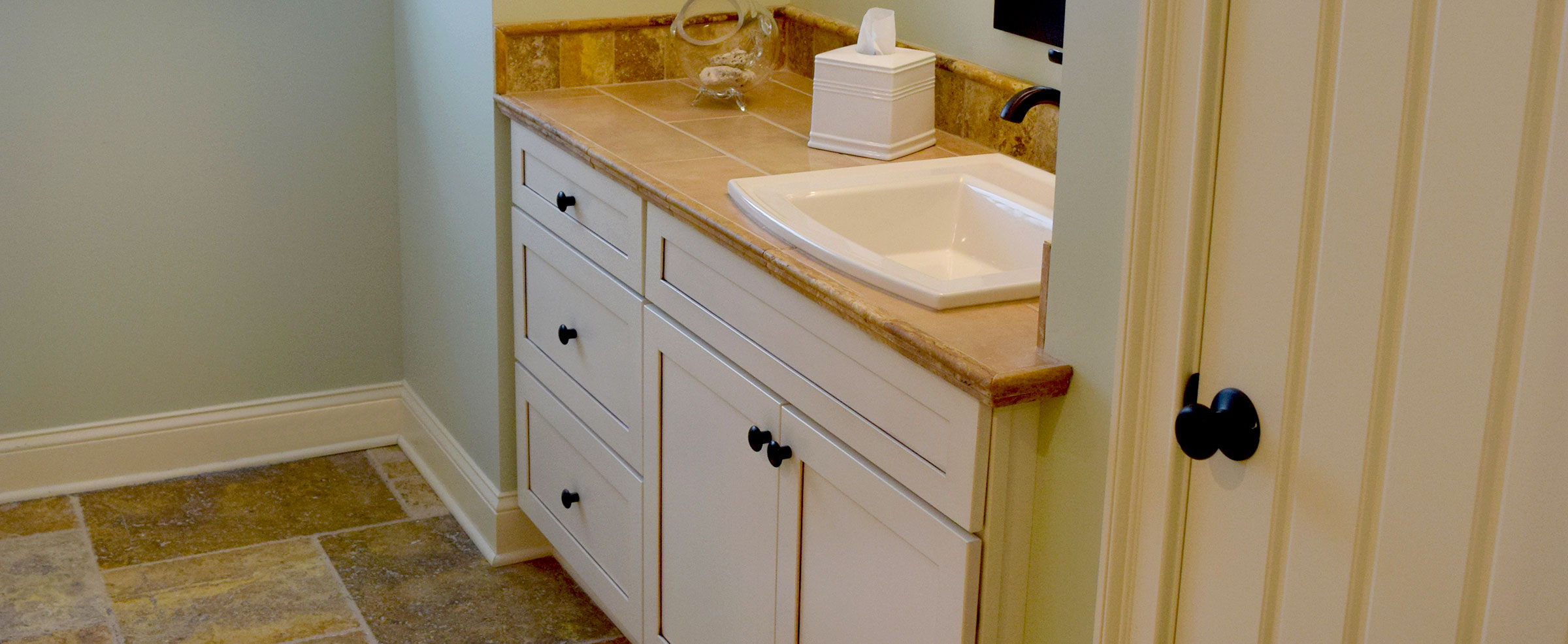 American kitchen bath renewal cabinet refacing and full for Renew bathroom
